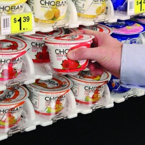 Кто выкладывает продукты на прилавки супермаркета