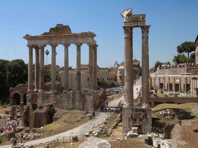 Почему римкую культуру называют вторичной