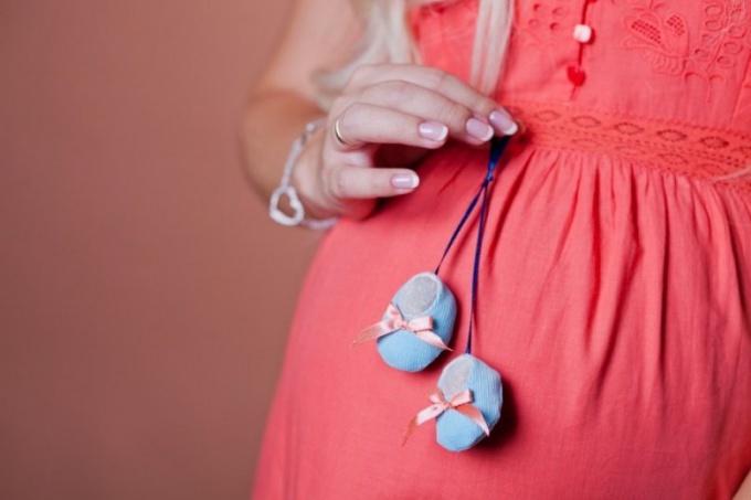 Пирсинг пупка и беременность