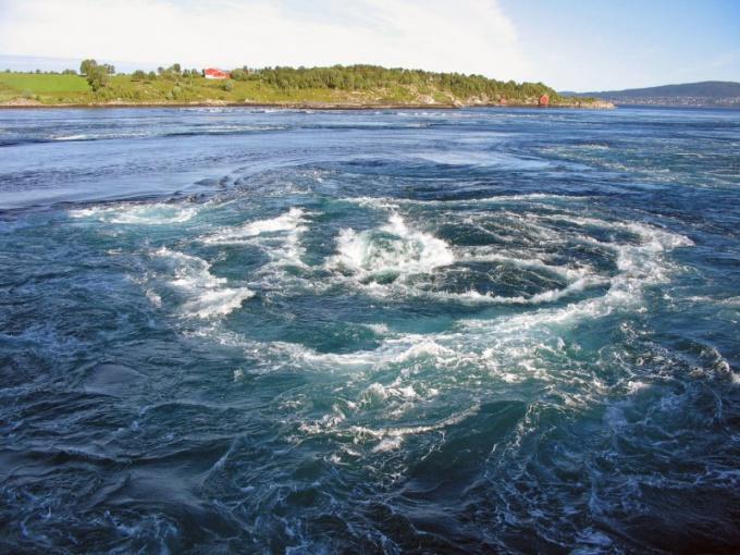 Как образуется водоворот