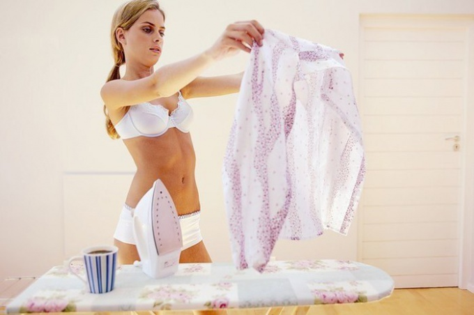 чем вывести пятно с блузки