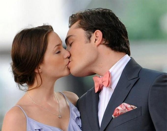 Как осознать намерения по поцелуям