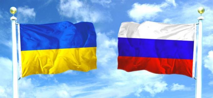 "How to ""in Ukraine"" or ""Ukraine"""