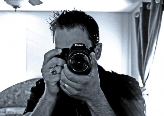 Главное для фотографа - умение поймать удачный кадр и грамотно выстроить композицию