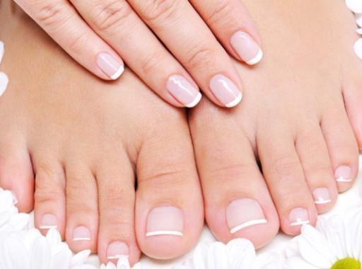 Почему ногти изменили цвет