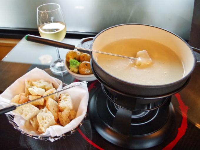 Как сделать сырное фондю