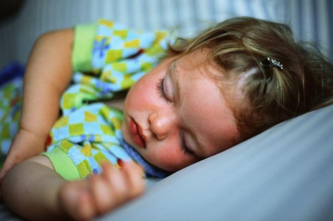 Двухлетний ребёнок не спит днём