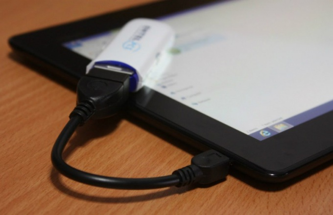 Подключение флешки к планшету