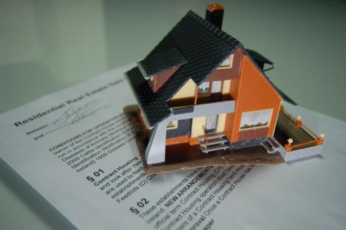 Как оформить договор безвозмездной ренты жилья