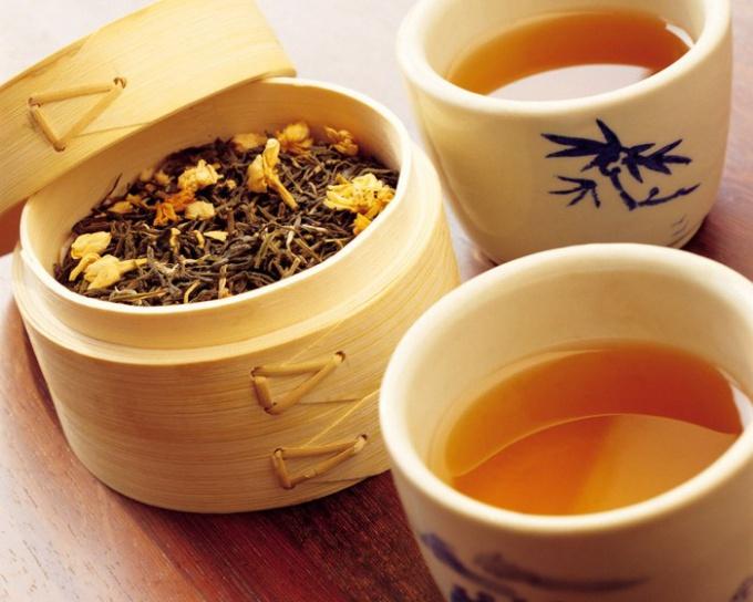 как расслабиться перед сном с помощью чая из трав