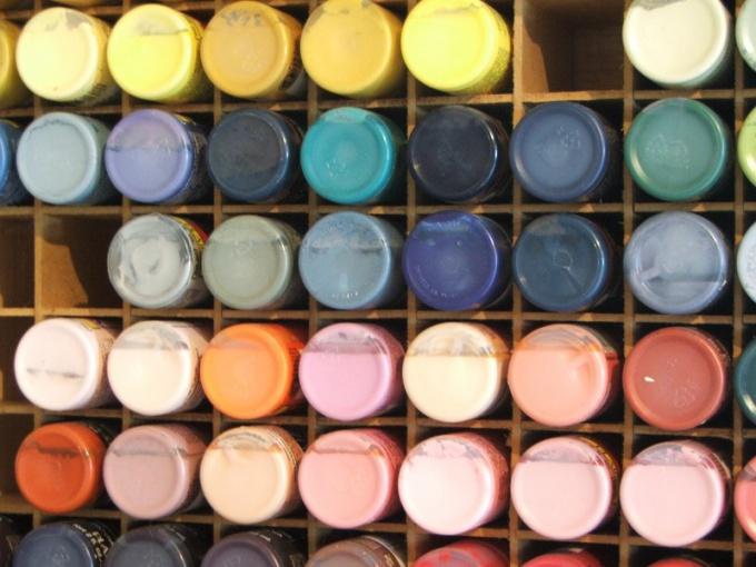 Выберите краски, которые предпочитал художник
