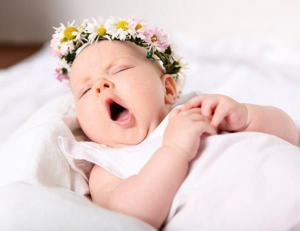 Почему ребенок часто зевает