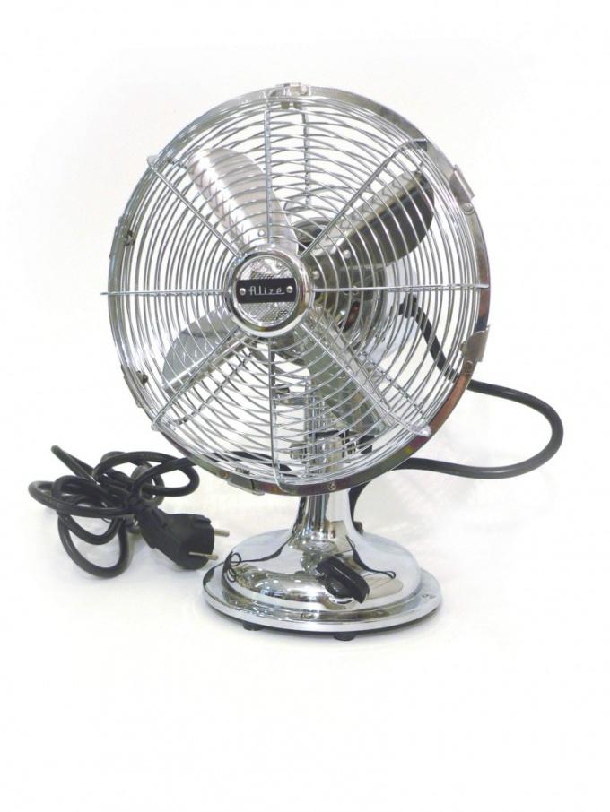 Вентилятор поможет спастись от жары не только летом, но и зимой