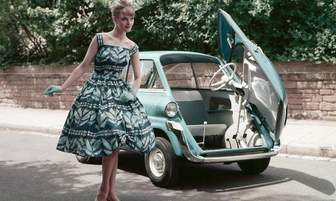 Как сшить платье в жанре 50-60 годов