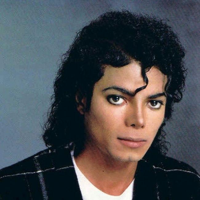 Как Майкл Джексон изменил цвет кожи