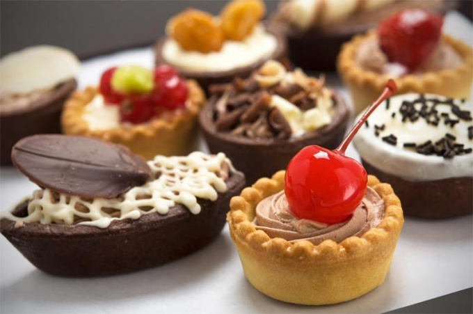The calorie content of popular pastries and cakes