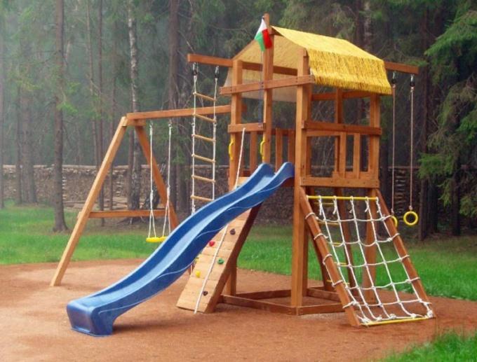 Как построить детский городок на даче