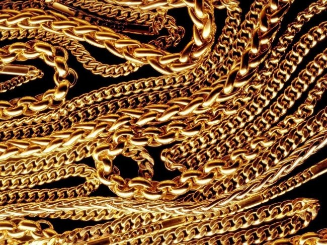Gold chains different weave and weight