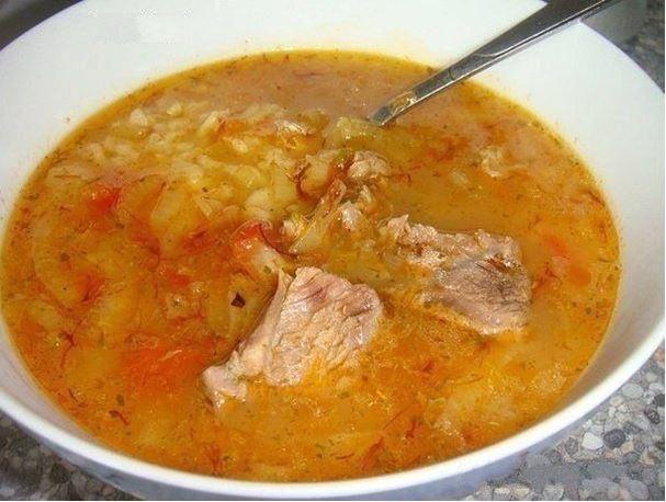 Традиционный грузинский суп Харчо