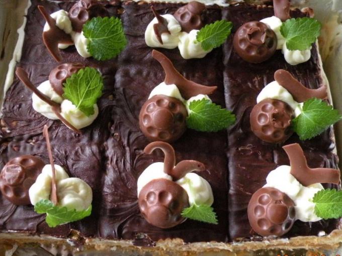 Как приготовить шоколадное печенье с вареной сгущенкой