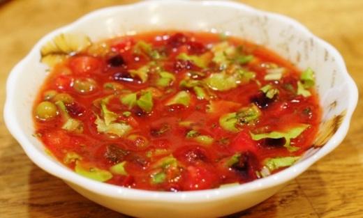 Как приготовить окрошку на томатном соке