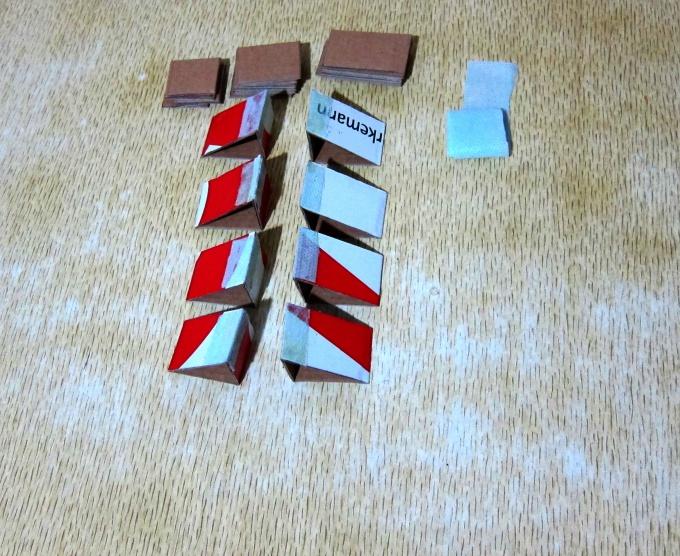 8 одинарных треугольных колец
