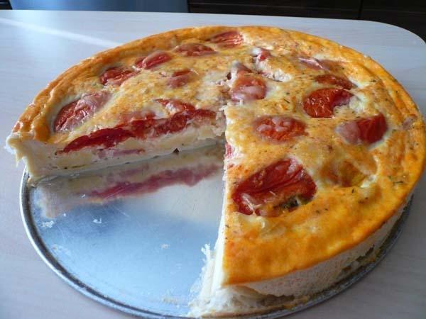 Как приготовить сырный пирог с помидорами