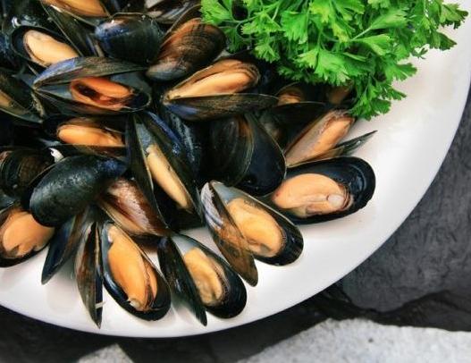 Как приготовить мидии с перцем чили