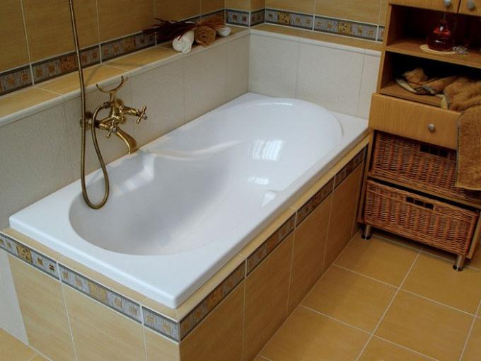 В чем достоинства акриловой ванны