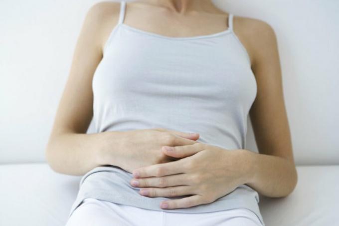 Как задержать наступление менструации