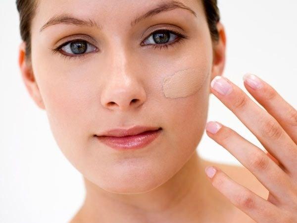 Как спрятать недочеты макияжем