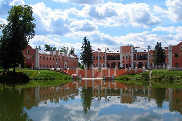 Парки и усадьбы Москвы