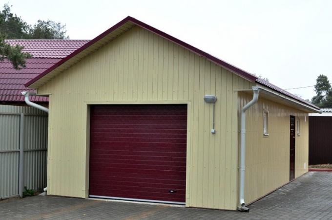 Возведение гаража