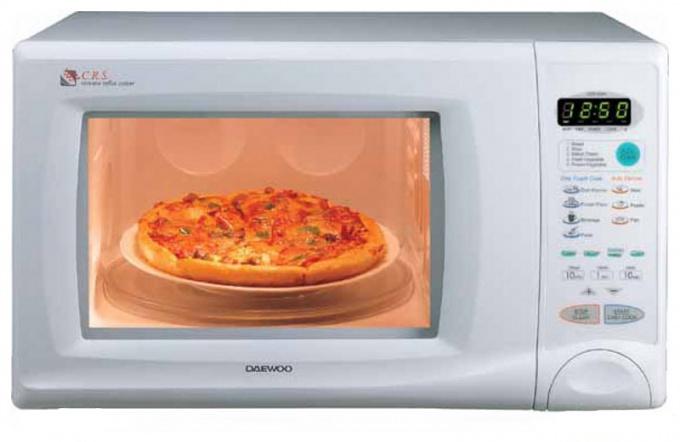 Какую посуду можно использовать в микроволновке