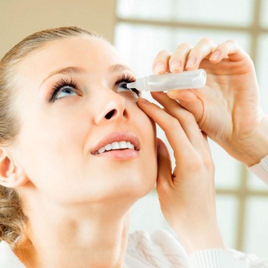 Какие глазные капли капать от конъюнктивита