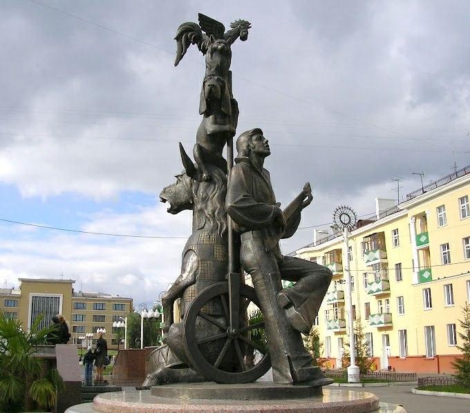 Памятник в Красноярске