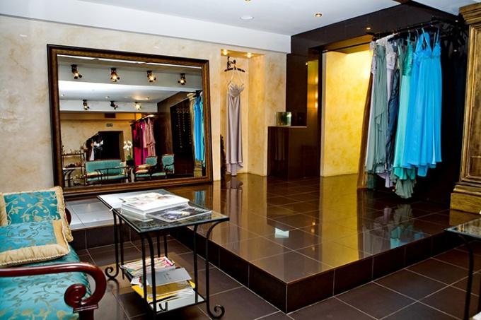 Какие документы нужны на торговлю одеждой