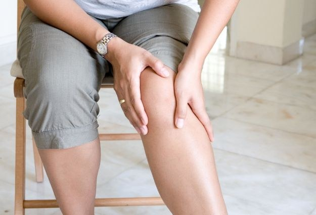 What drugs work to relieve pain in the knee joint