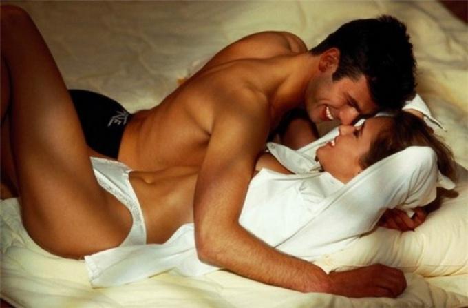 Больно ли первый раз заниматься анальным сексом