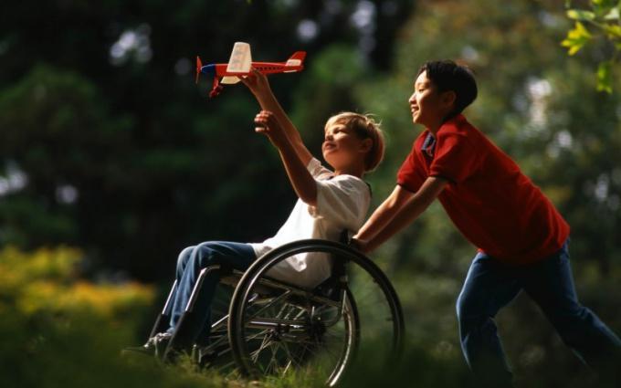 Входит ли в стаж уход за ребенком-инвалидом