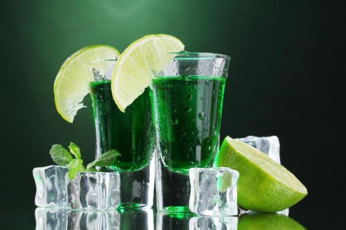 Какой самый крепкий алкогольный напиток в мире