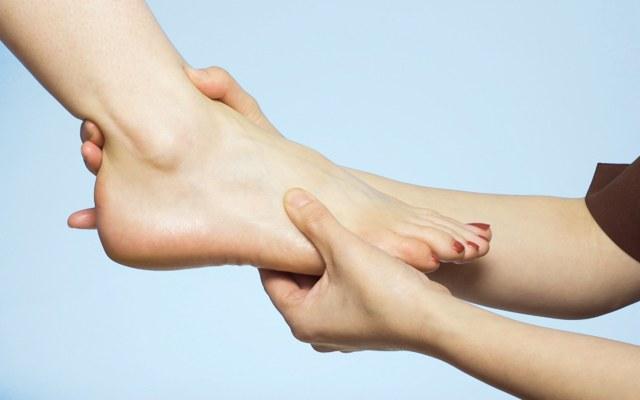"Почему болят ""подушечки"" на ступнях"