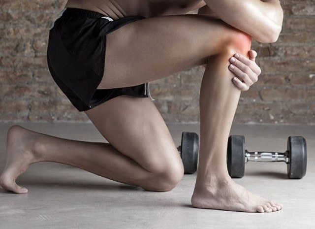 What to do if pain in knee when walking stairs