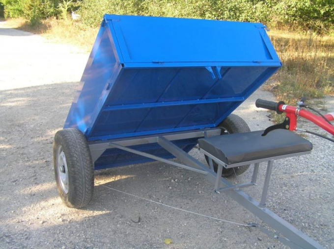 Trailers with the function of tipping more convenient