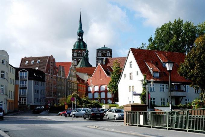 Какие документы нужно собрать, чтобы подать на ПМЖ в Германию