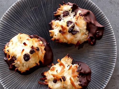 Как приготовить кокосовое печенье в шоколаде