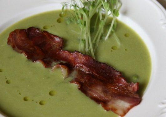 How to cook Spanish soup of green peas