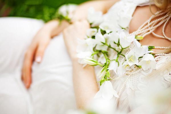 Как выбрать платье для беременной невесты