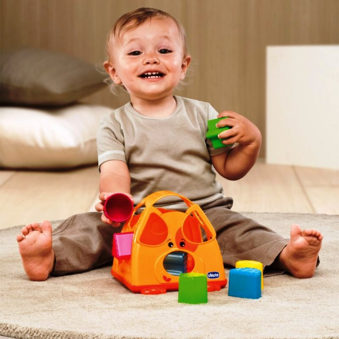 Зачем ребенку игрушка-сортер