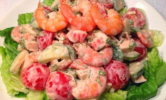 Как приготовить салат из помидоров черри с креветками